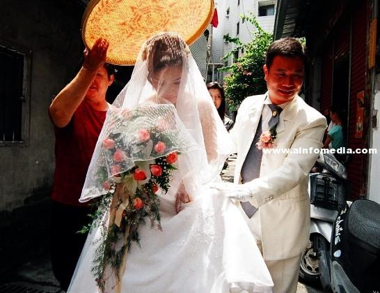 台灣傳統上,結婚當天有那些習俗需要注意?