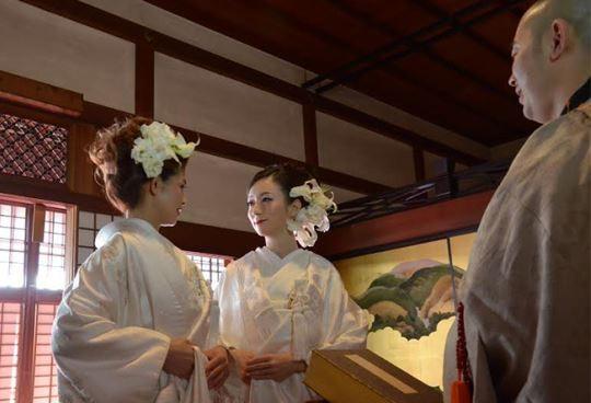[新聞]  日本400年寺廟 公開宣傳幫同志主持婚禮